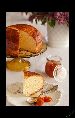 bread with kumquats